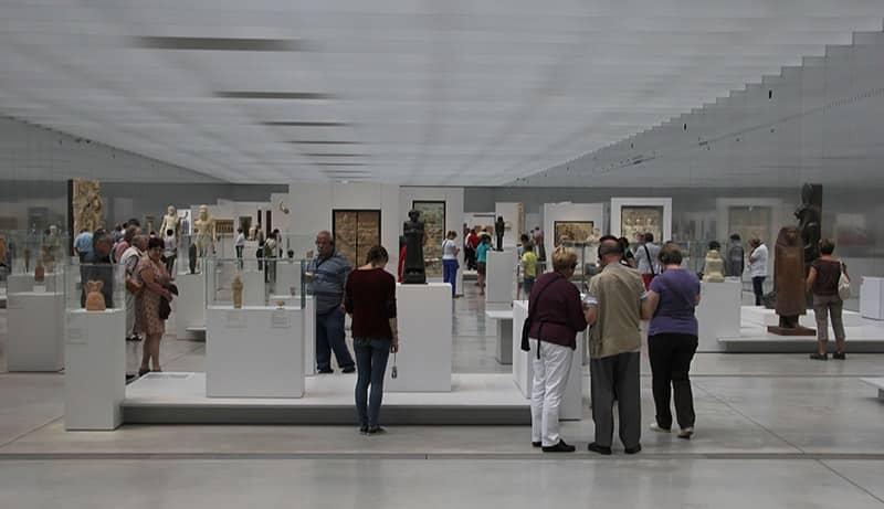 Visite du Louvre-Lens, l'un des plus beaux musées de France